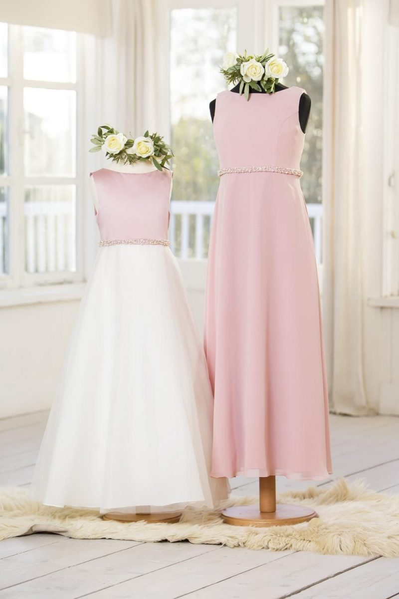 T640 (Right Dress)