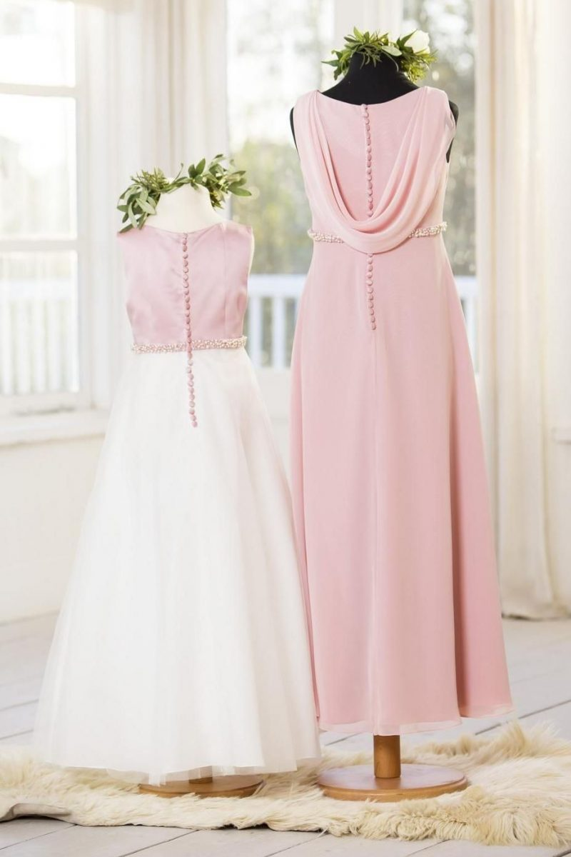 T640 Back (Right dress)
